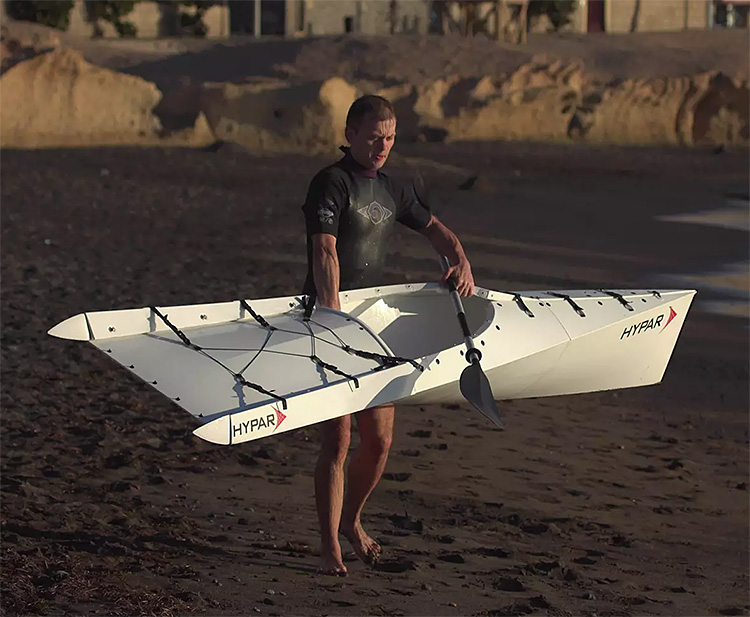 HYPAR Fold-up Kayak: Perfect for the Trunk of Your Car