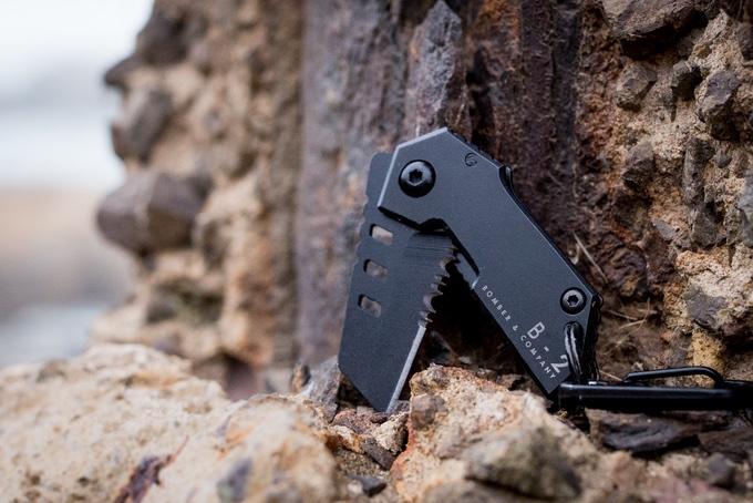 World's Smallest Tactical Pocket Knife – B-2 Nano Blade