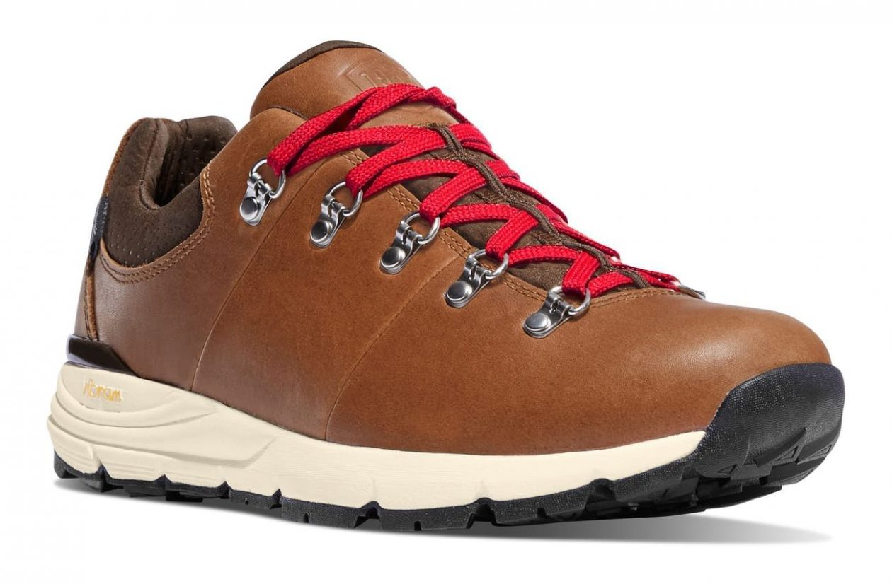 danner-mountain 600 low front view