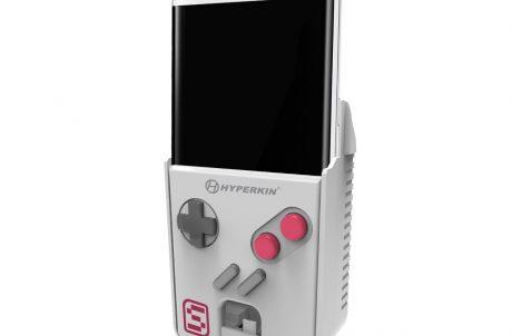 Hyperkin SmartBoy with phone