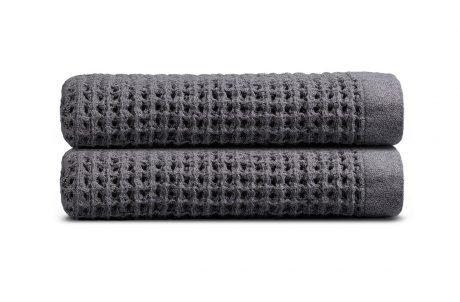 onsen bath towel stack