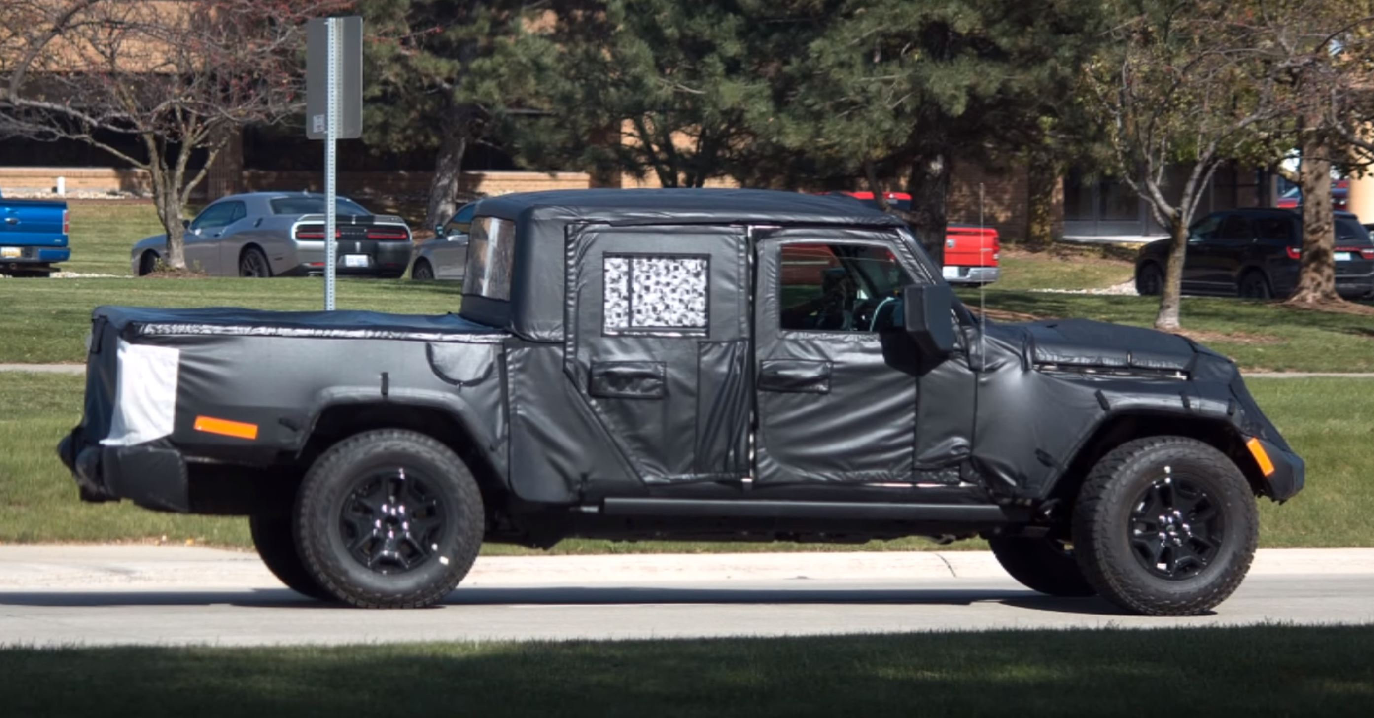 Jeep Scrambler Pickup Has Been Spotted