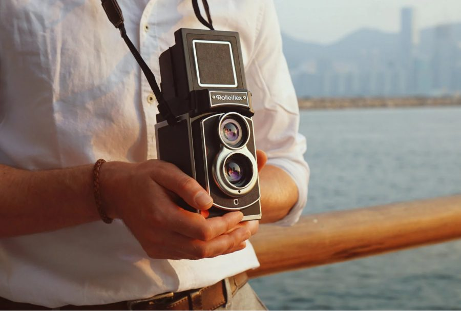 Rolleiflex: Instant Camera With Some Vintage Vibes