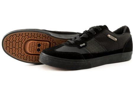 DZR Minna Clipless Sneakers