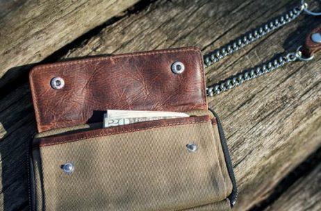 Holdfast Explorer Wallet Front