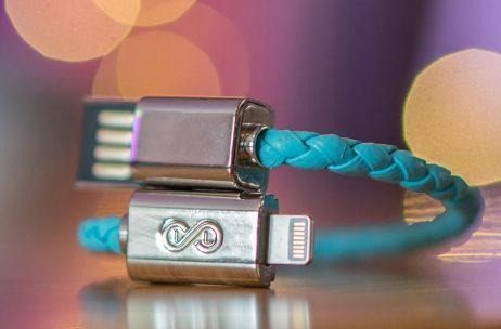 Infinity Loops Charging Bracelet