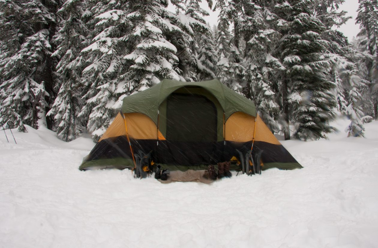 Essential Winter Camping Tips